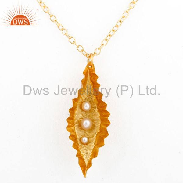 Fold Formed Leaf designer light weight Pendant With Chain Natural Pearl 18k Gold