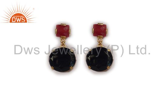 24K Yellow Gold Plated Red Aventurine And Black Onyx Prong Set Dangle Earrings