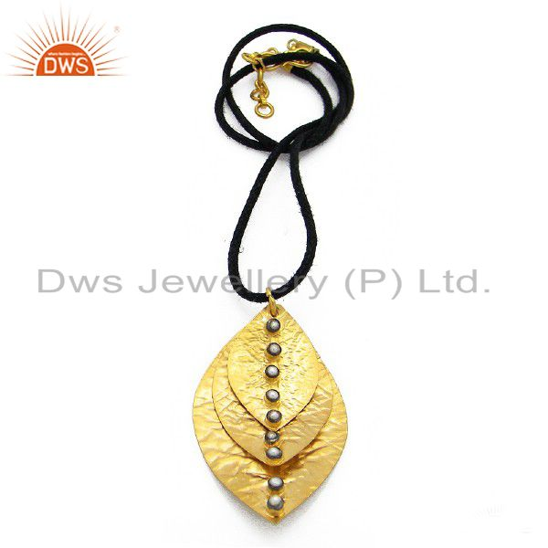 22K Yellow Gold Plated Sterling Silver White Pearl Petals Designer Pendant