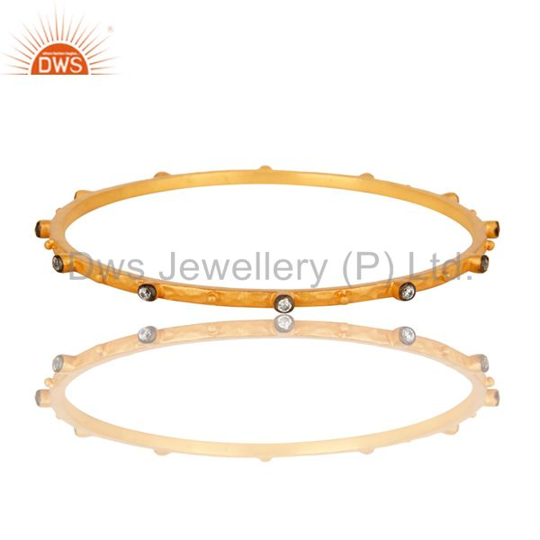 18k yellow gold cubic zirconia sleek fashion designer bangle 2.50 inch