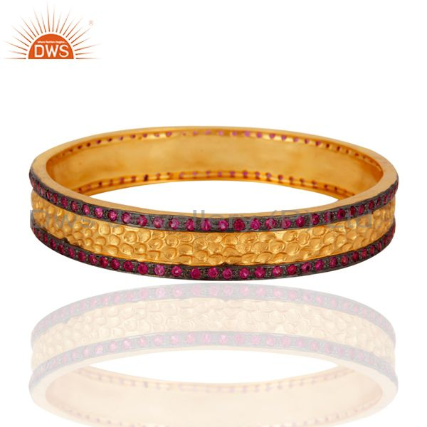 18K Yellow Gold Plated Ruby Color White Zircon Textured Bangle Bracelet