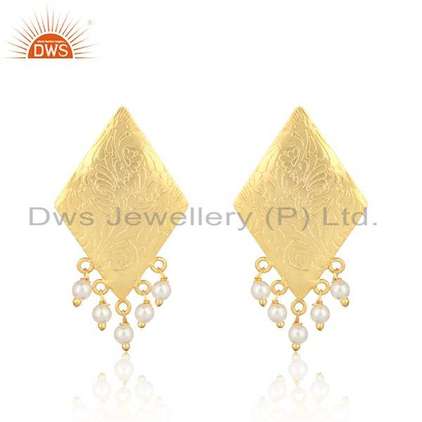 Designer Tradtional Textured Gold on Fashion Earring with Pearl