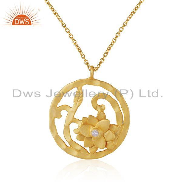 White Zircon Yellow Gold Plated Brass Fashion Floral Design Pendant With Chain