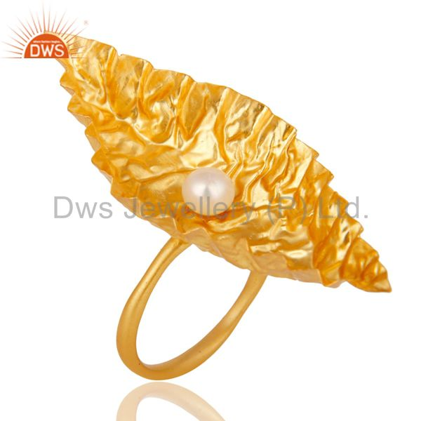 High Finishing 22k Yellow Gold Plated Brass Cocktail Ring With Pearl