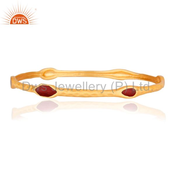 18K Yellow Gold Plated Brass Textured Fashion Bangle With Red Enamel