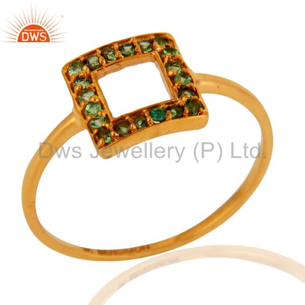 Stunning Tsavorite Garnet Gemstone 9-Karat Yellow Gold Ring Fine Jewelry