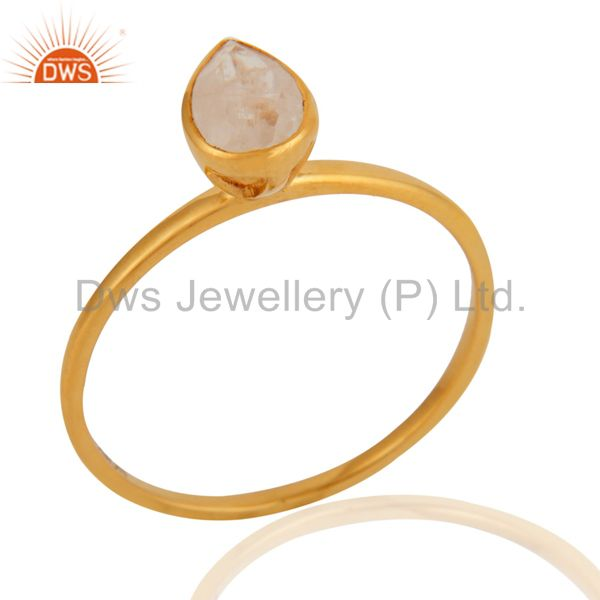Handmade White Agate Gemstone 9K Solid Yellow Gold Bezel Elegant Ring