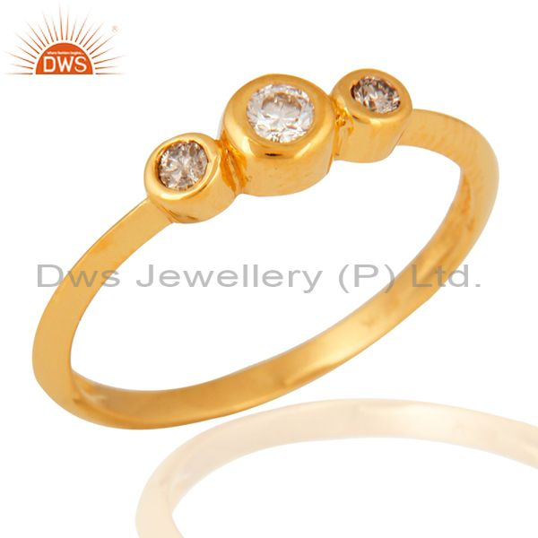 Solid 18K Yellow Gold Natural White Diamond Solitaire Engagement Ring