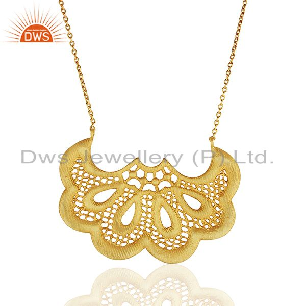 Fan shaped lace Designer Fashion Pendent