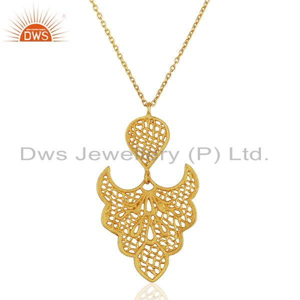 Filigree Design Gold Plated Brass Traditional Fashion Pendant Jewelry