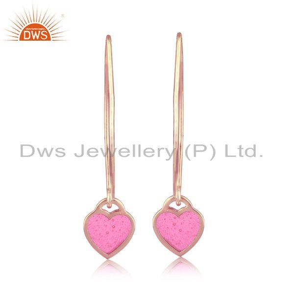 Dangle earring in rose gold plated silver with light pink enamel