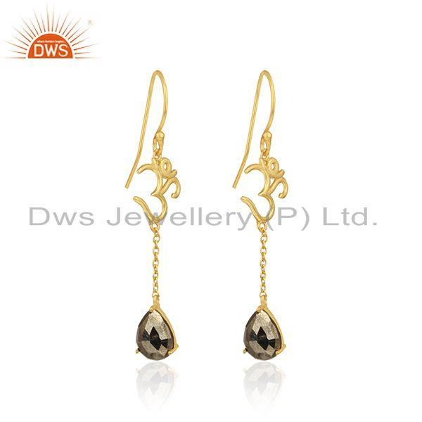 Holy om long earrings in yellow gold on 925 silver with pyrite