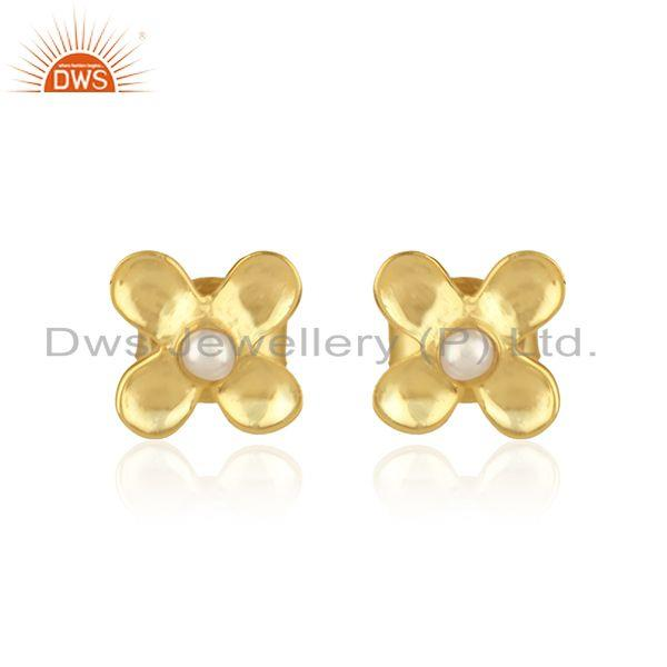 Designer dainty earring in yellow gold on silver 925 with pearl