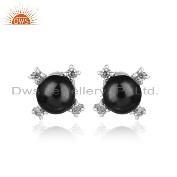 Designer stud in rhodium plated silver 925 with cz and gray pearl