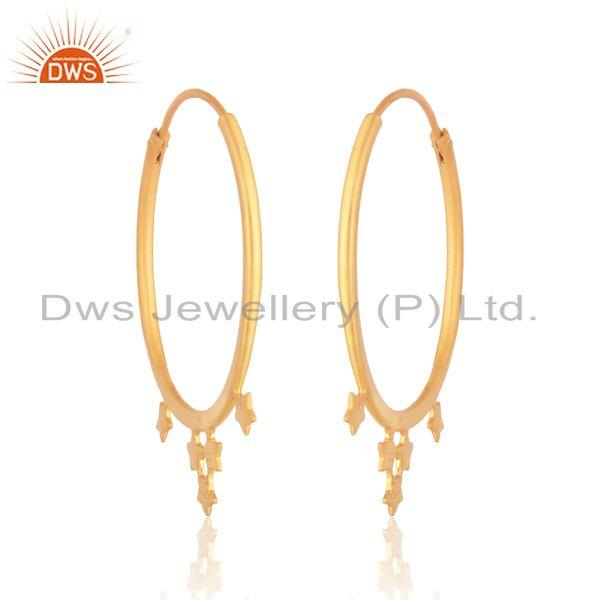 Designer star hoop earring in yellow gold on silver 925