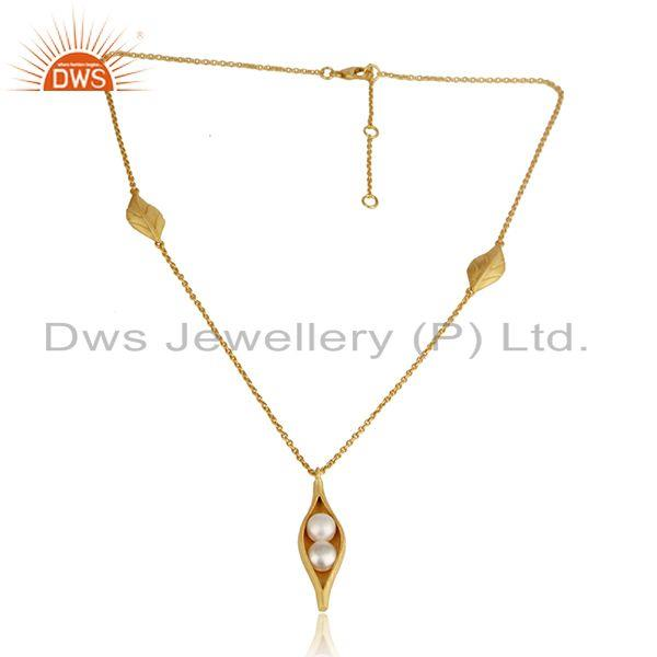 Designer seedpod pearl necklace in yellow gold on silver 925