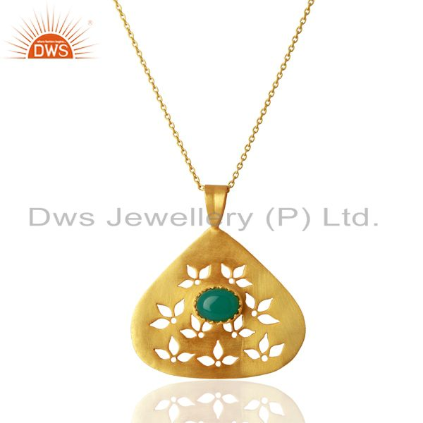 Green Onyx Gemstone Designer Gold Plated Silver Pendant Jewelry