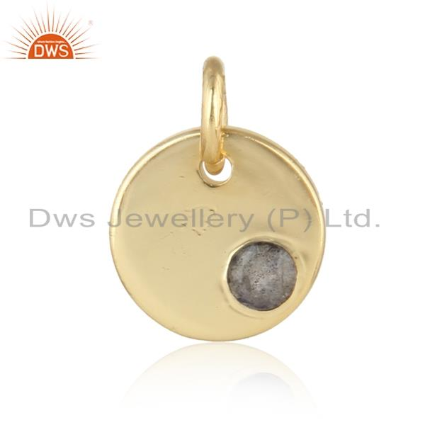 Dainty charm pendant in yellow gold on silver with labradorte