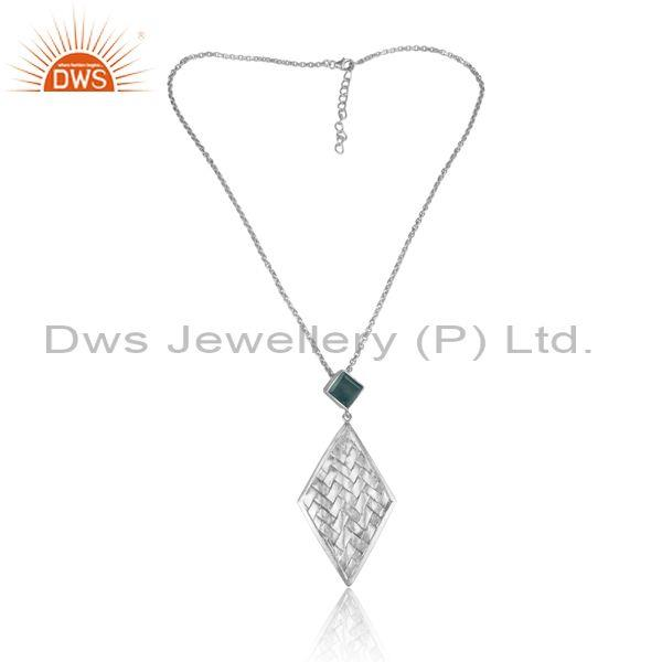 Green onyx and woven rhombus fine silver pendant and chain