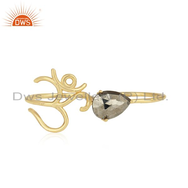Holy om designer ring in yellow gold on silver 925 and pyrite