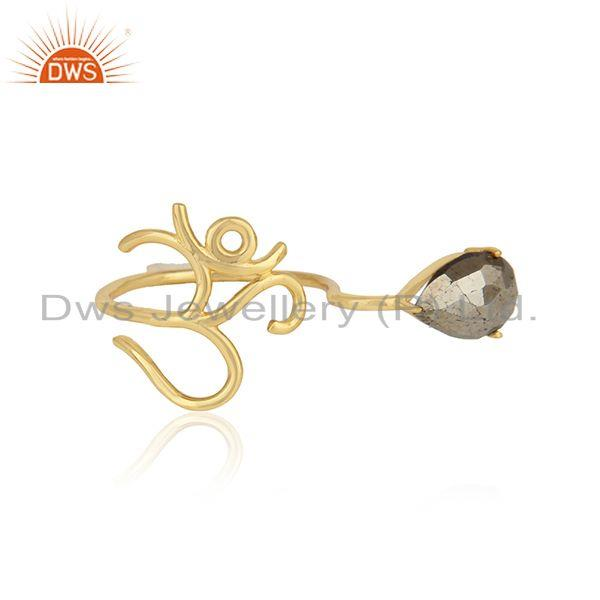 Dainty om symbol ring in yellow gold on silver 925 and pyrite