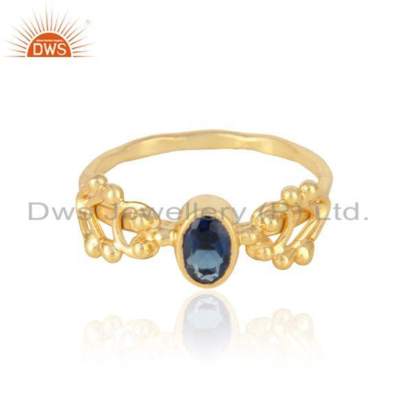 Dainty trendy ring in yellow gold on silver 925 and blue corundum