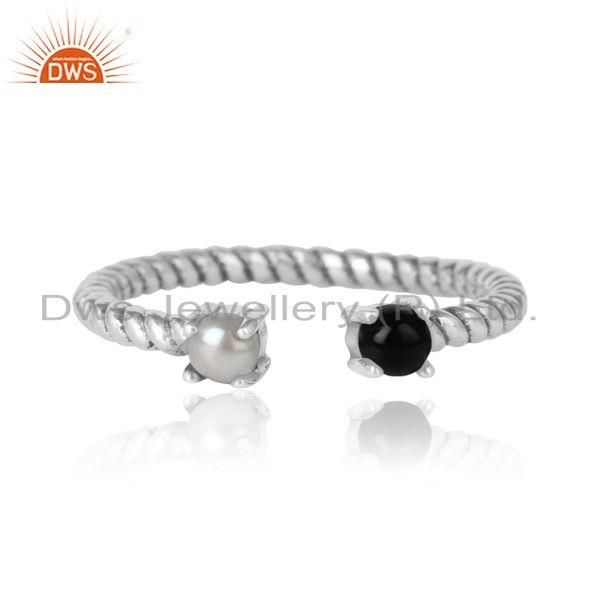 Dainty Twisted Ring in Oxidized Silver 925 Pearl and Black Onyx