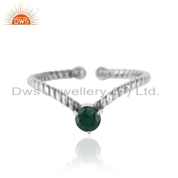 emerald dainty designer twisted ring in oxidized silver 925