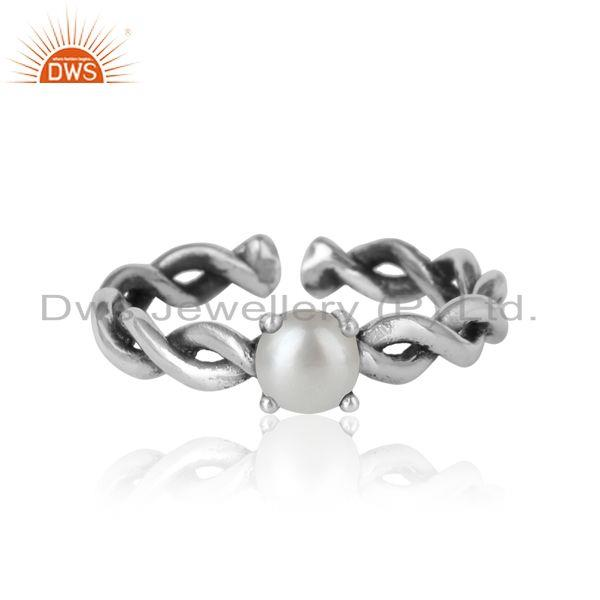 Designer dainty twisted ring in oxidized silver 925 with pearl