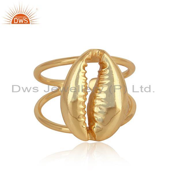 Amazing Cowrie Ring with Splited Shank in Gold on Silver 925