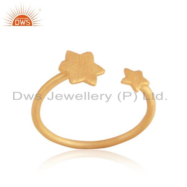 Textured multi star designer ring in yellow gold on silver 925