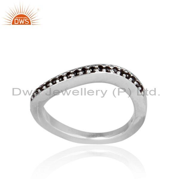 Black Spinal Set White Rhodium On Silver Hammered Fancy Ring