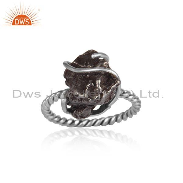 Rough cut meteorite set oxidized 925 silver twisted ring