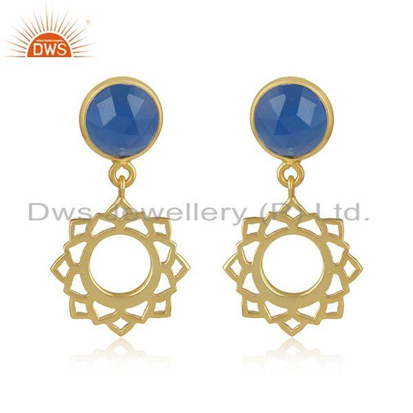 Heart chakra earring in yellow gold on silver with blue chalcedony
