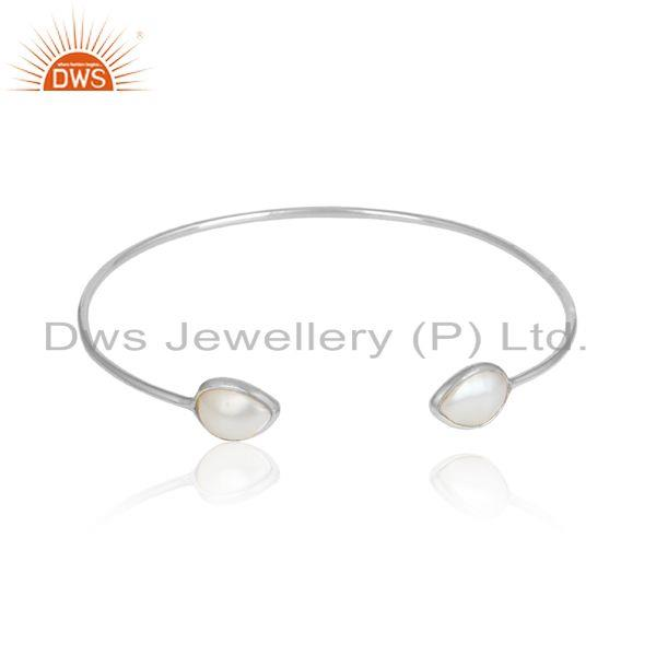 Handcrafted Dainty Sleek Cuff in Sterling Silver 925 and Pearl