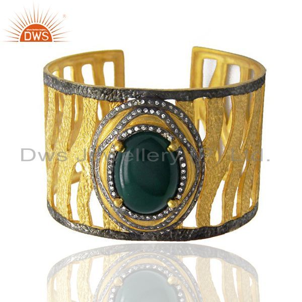 Exporter Gold Plated Green Onyx And CZ Textured Cuff