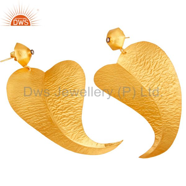 Exporter 18k Gold Plated Fashion Charming Leaf Design Brass Earrings with White Zircon
