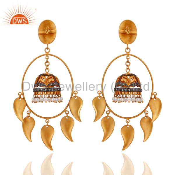 Exporter Natural White Pearl Ladies Dangle Earrings With 18K Yellow Gold plated Jewelry