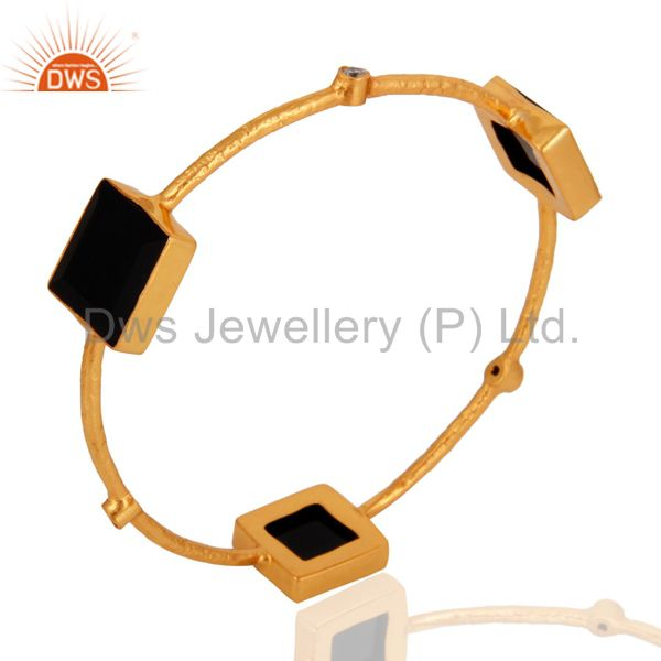 Supplier of 22k yellow gold brass black onyx cubic zirconia stackable bangle