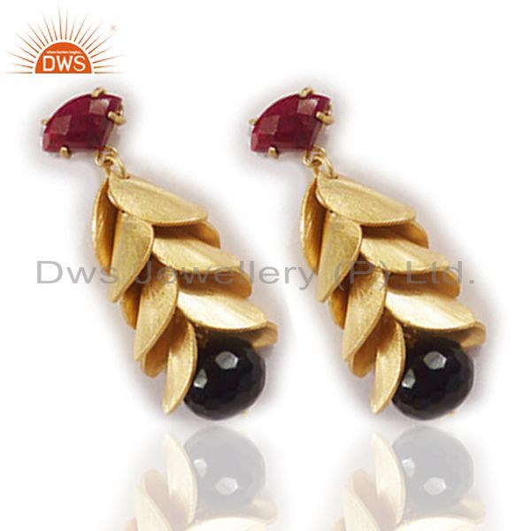 Exporter 24K Yellow Gold Plated Black Onyx And Red Aventurine Chandelier Earrings