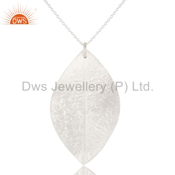 Wholesalers Handmade Solid Sterling Silver Triple Petal Pendant With Chain Necklace
