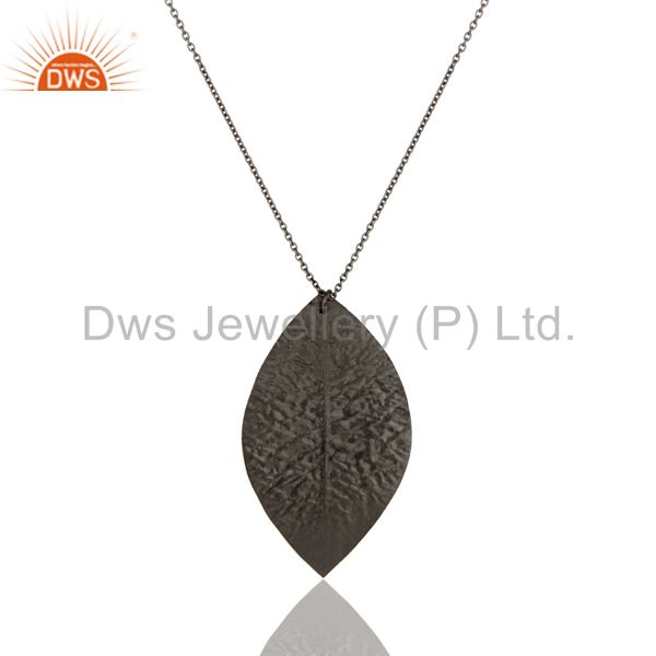 Wholesalers Handmade Solid Sterling Silver With Oxidized Three Petal Pendant With Chain