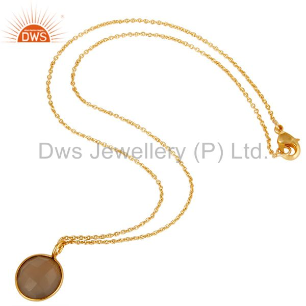 Suppliers 18K Gold Plated Dyed Faceted Chalcedony Bezel Set Brass Chain Pendant