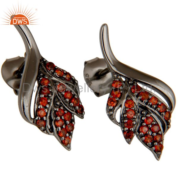 Exporter Leaf Rame Design Garnet and Oxidized Sterling Silver Stud Earring