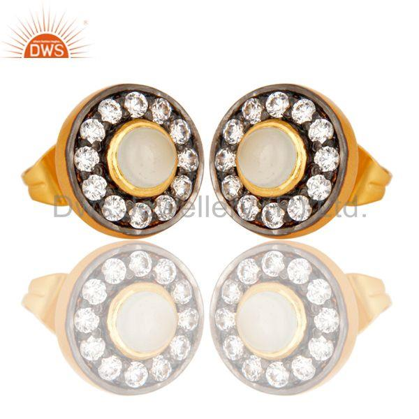 Exporter 18k Gold Plated Round Brass Studs Earrings with Dyed Chalcedony & White Zarconia