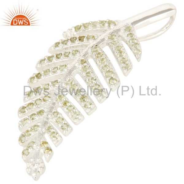 Exporter Natural Peridot Gemstone Designer Look Leaf Pendant In Sterling Silver