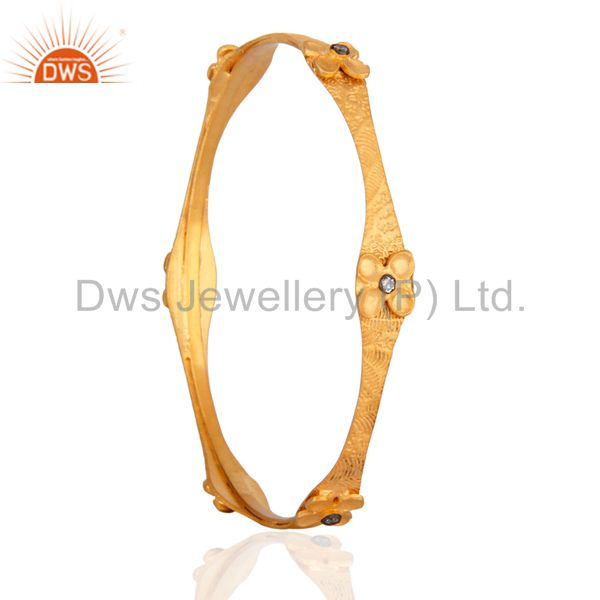Supplier of Fantatsic handmade designer simulated diamond wedding bangle looks