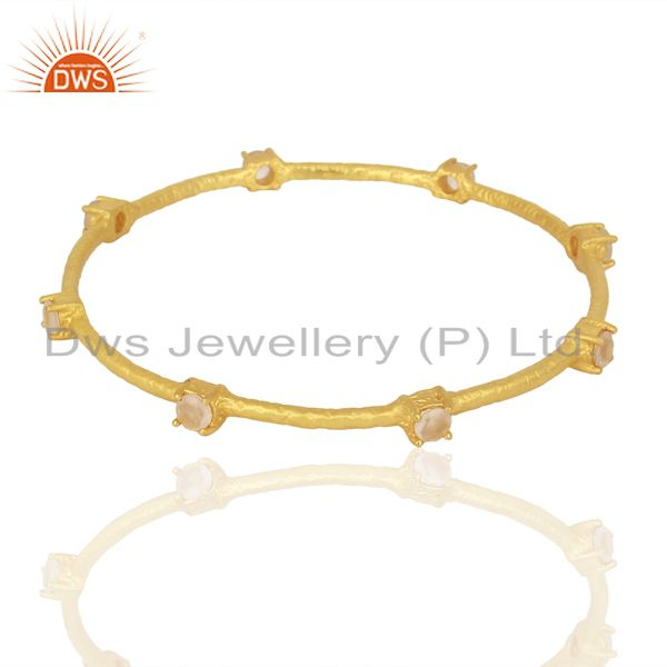 Supplier of Rose quartz sleek 14k yellow gold plated 925 sterling silver bangle