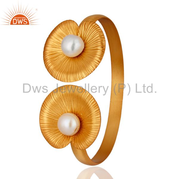 Exporter 24K Yellow Gold Plated Sterling Silver White Pearl Flower Design Bangle