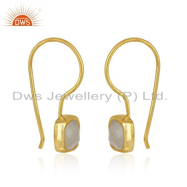 Handmade earring in yellow gold on silver with raonbow moonstone